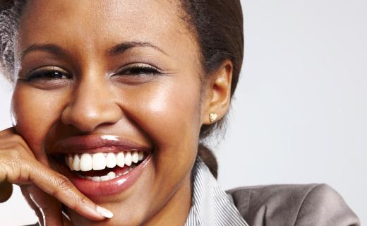 dca-blog_article-47_best-dental-implants-give-back-smile